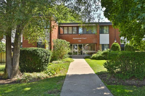 1180 Gripsholm Rd, Mississauga
