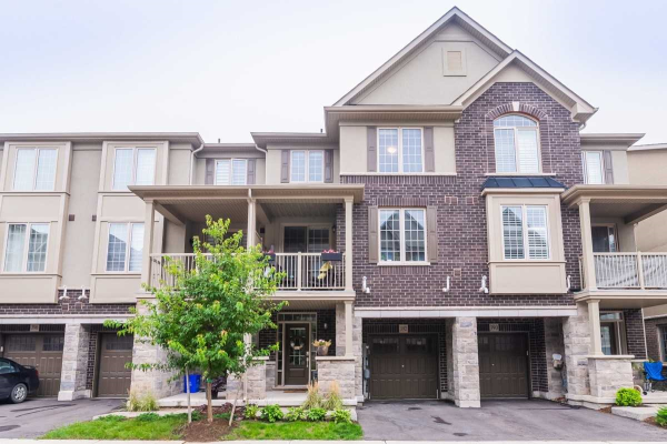 392 Hardwick Common, Oakville