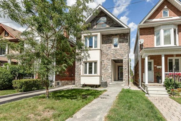 18 Dennis Ave, Toronto