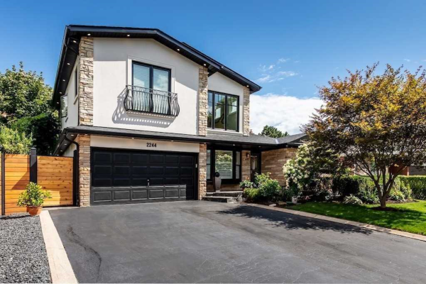 2244 Bridge Rd, Oakville