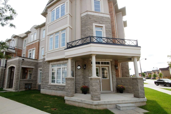 3100 Eberly Woods Dr, Oakville