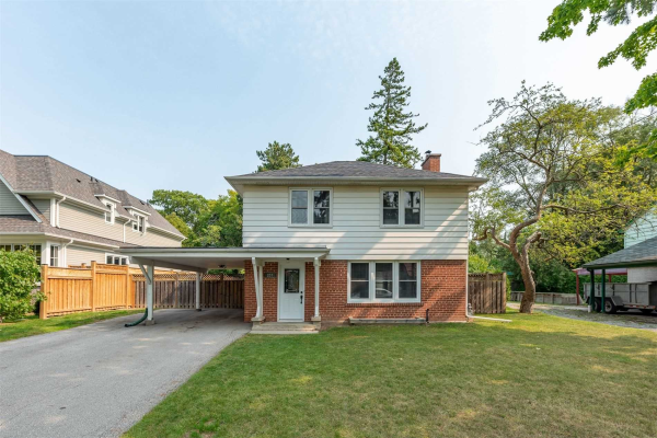 207 Glen Oak Dr, Oakville