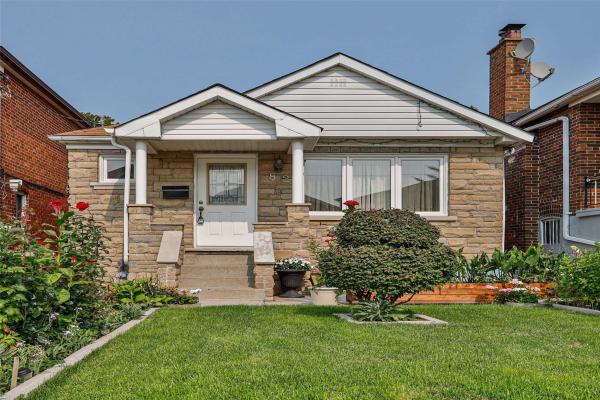82 Northland Ave, Toronto