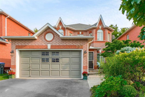 7197 Waldorf Way, Mississauga
