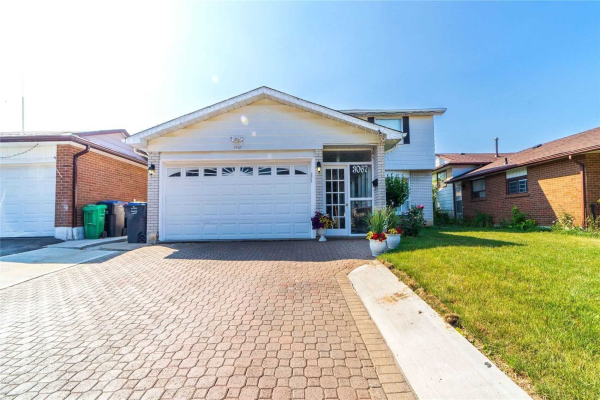 3067 Lafontaine Rd, Mississauga