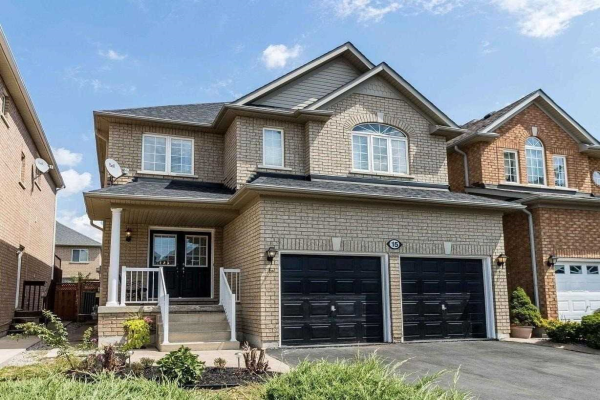 15 Newark Way, Brampton