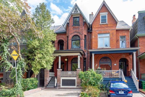 9 Cowan Ave, Toronto
