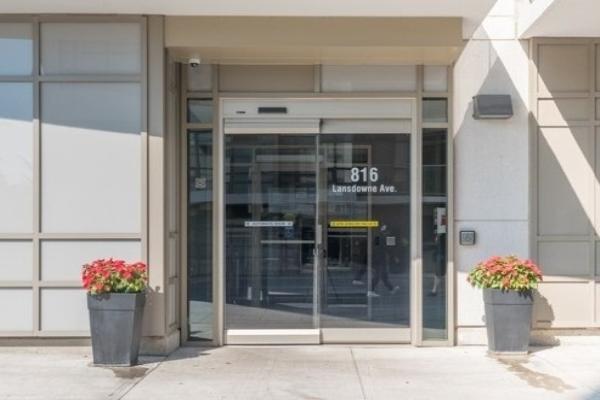 816 Lansdowne Ave, Toronto