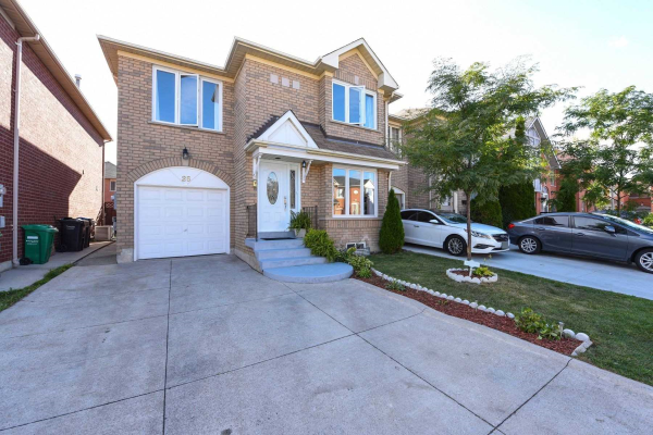 25 Morningdew Cres, Brampton