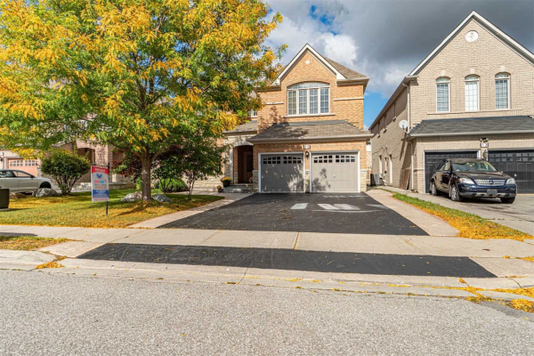 15 Princess Valley Cres, Brampton