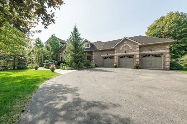 11 Cedar Meadows Lane, Caledon