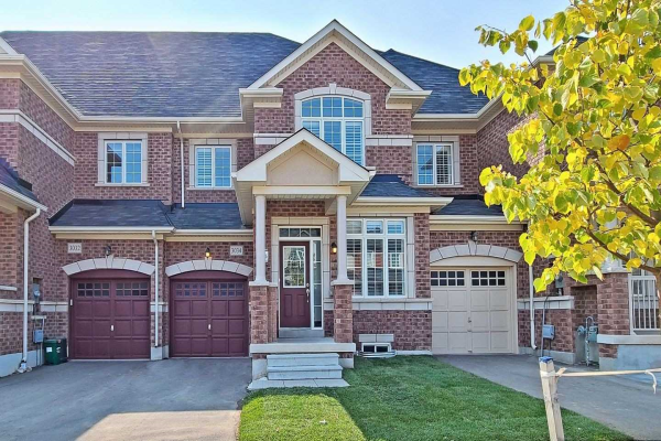 3034 Max Khan Blvd, Oakville