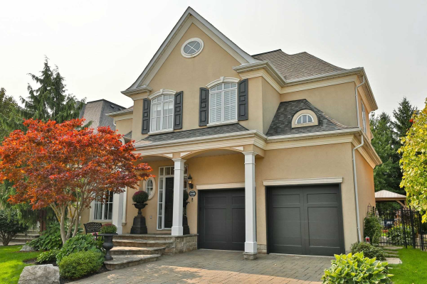 2198 Pond Rd, Oakville