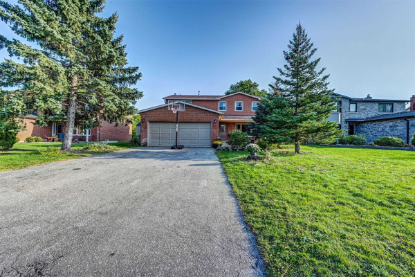 92 De Rose Ave, Caledon