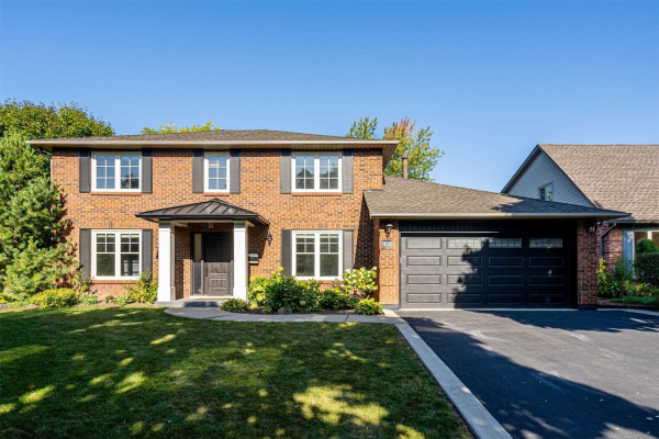 418 Mackay Crt, Burlington