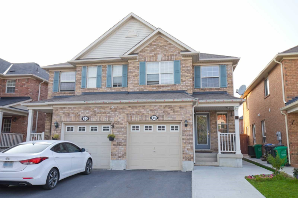55 Coachlight Cres, Brampton