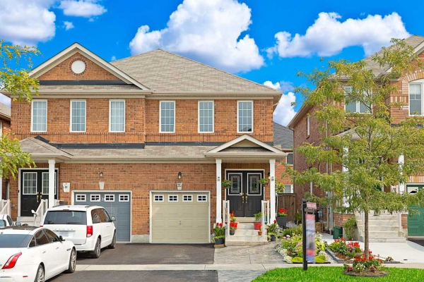 95 Heartview Rd, Brampton