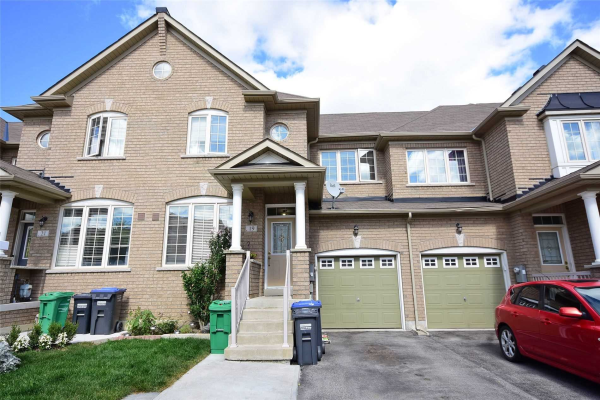 19 Nutwood Way, Brampton