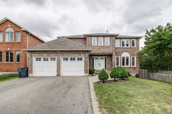 5667 Oldcastle Cres, Mississauga