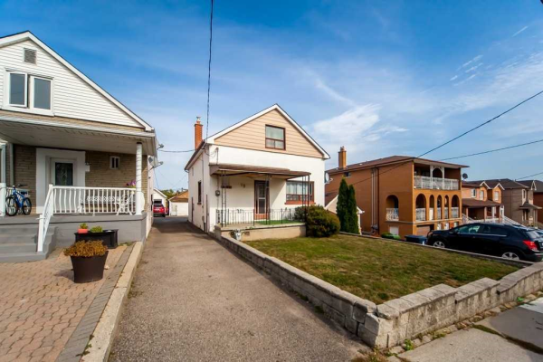 19 Lacey Ave, Toronto