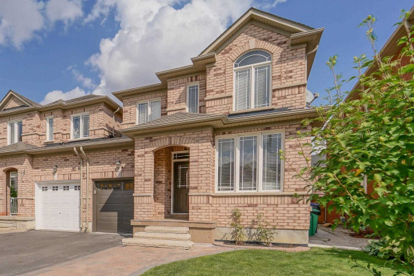 7 Percy Gate, Brampton