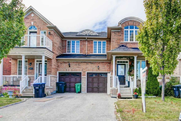 3720 Bloomington Cres, Mississauga