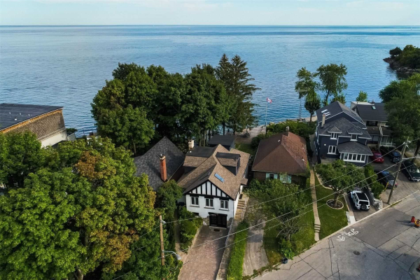 5 Lake Shore Dr, Toronto