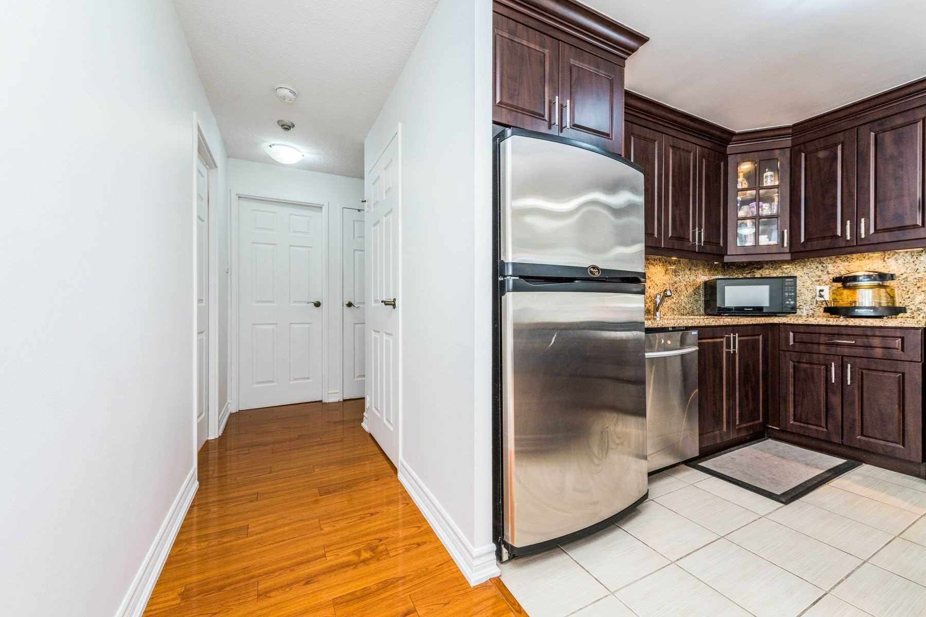 Listing W4936591 - Thumbmnail Photo # 7