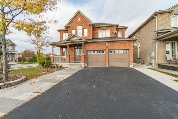 127 Sled Dog Dr, Brampton