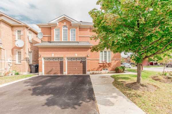 87 Williamson Dr, Brampton