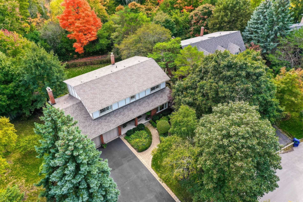 256 Royal Oak Crt, Oakville
