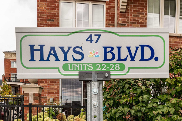 47 Hays Blvd, Oakville