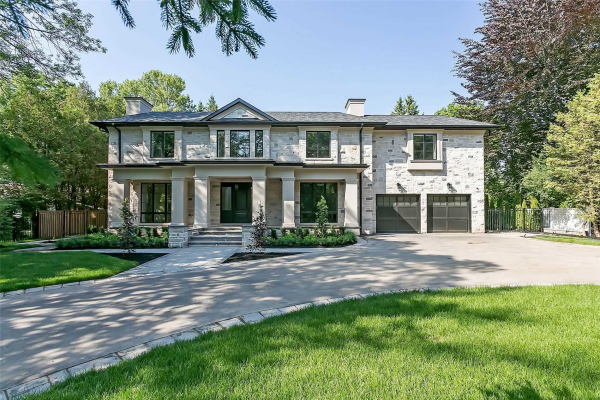 158 Maple Grove Dr, Oakville