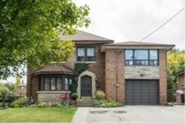 81 Raymore Dr