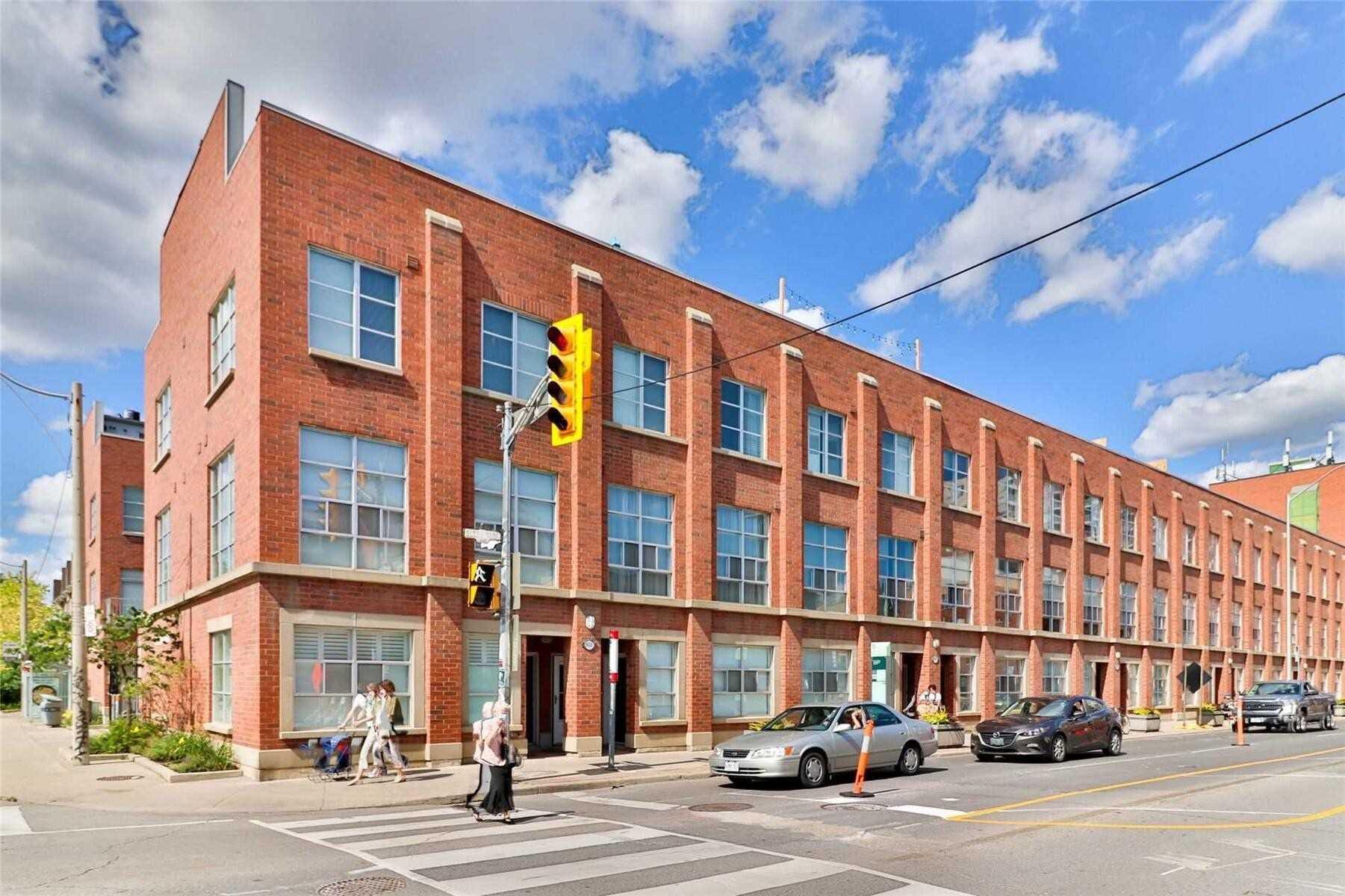 #4-1400 Bloor Street West