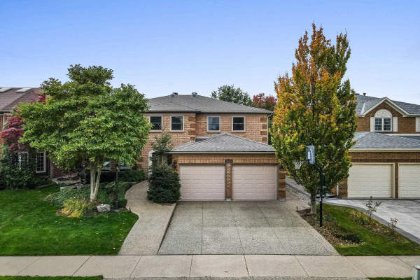 2059 Blacksmith Lane, Oakville