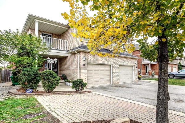 103 River Rock Cres, Brampton