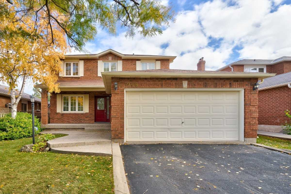 299 Evergreen Cres, Oakville