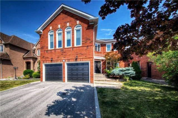 3291 Bloomfield Dr, Mississauga