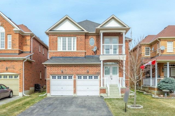 3281 Weatherford Rd, Mississauga
