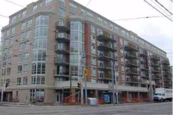 800 Lawrence Ave W, Toronto