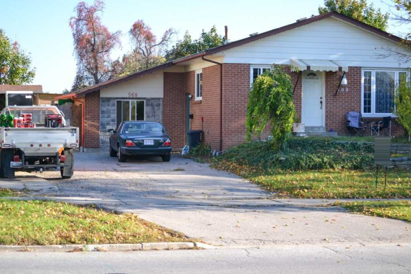568 Mississauga Valley Blvd, Mississauga