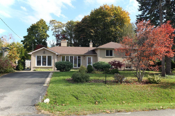 349 Sawyer Rd, Oakville