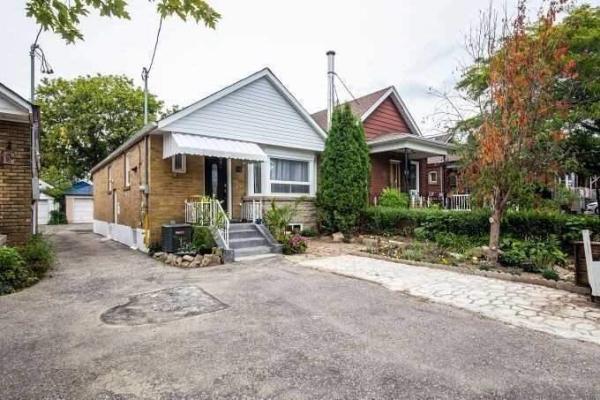 54 Belgravia Ave, Toronto