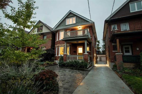 153 Medland St, Toronto