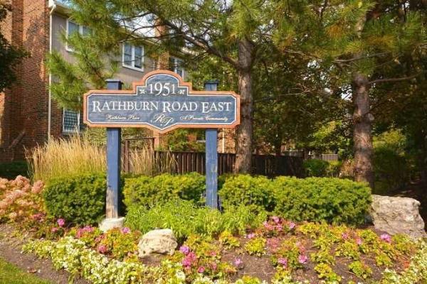 1951 Rathburn Rd E, Mississauga