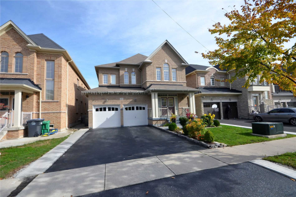 35 Orange Blossom Tr, Brampton