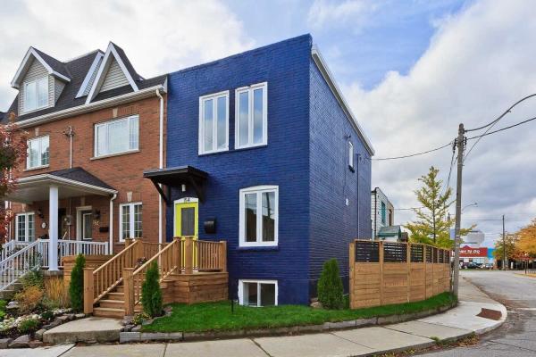 154 Mulock Ave, Toronto