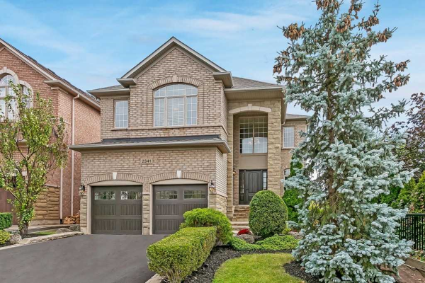 2341 Hertfordshire Way, Oakville