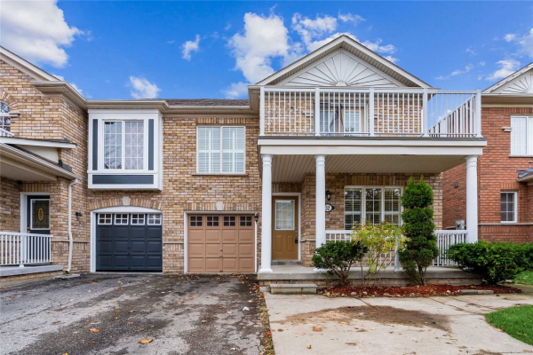 32 Topiary Lane, Brampton